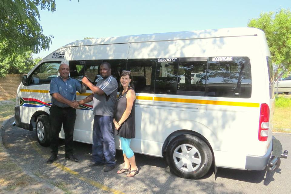 Gulzar from Protea Toyota hands the keys to CdT's brand new Quantum (with a complimentary full tank of petrol!) to Finance Manager, Denise, and Driver, Rudolph.